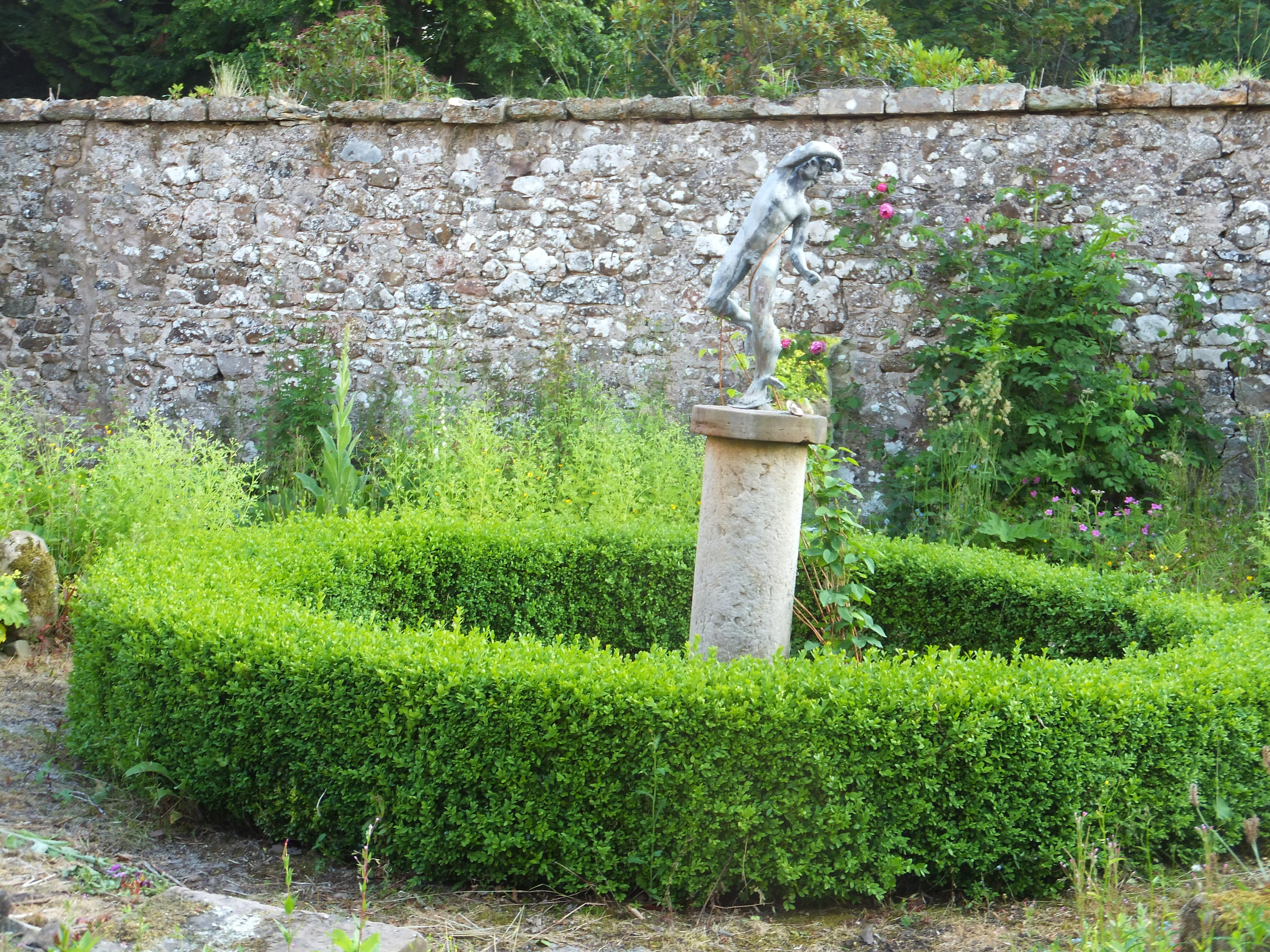 Physic garden wikipedia - Centre Of The Physic Garden